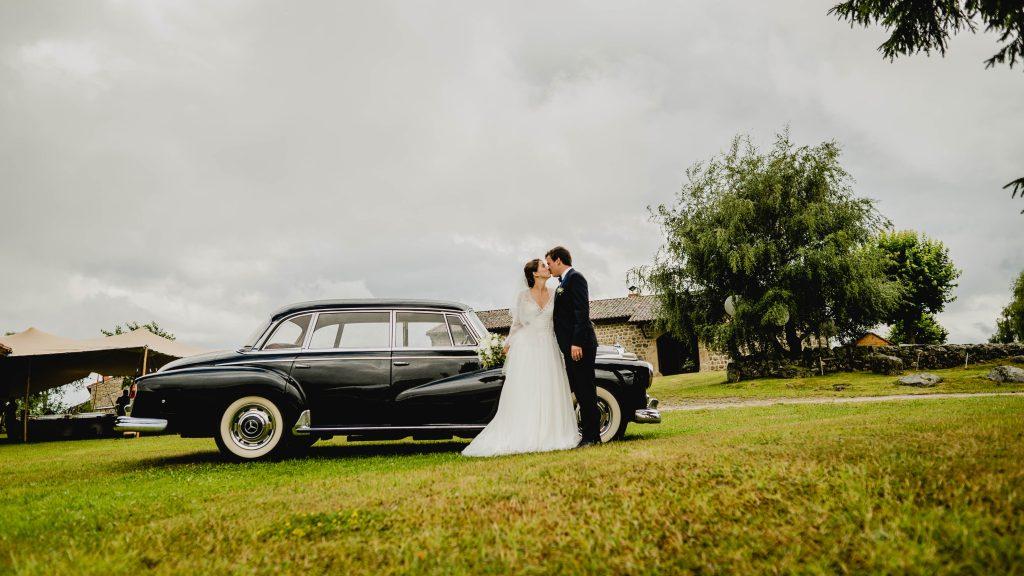 Mariage dans la Loire Mercedes-Benz 300